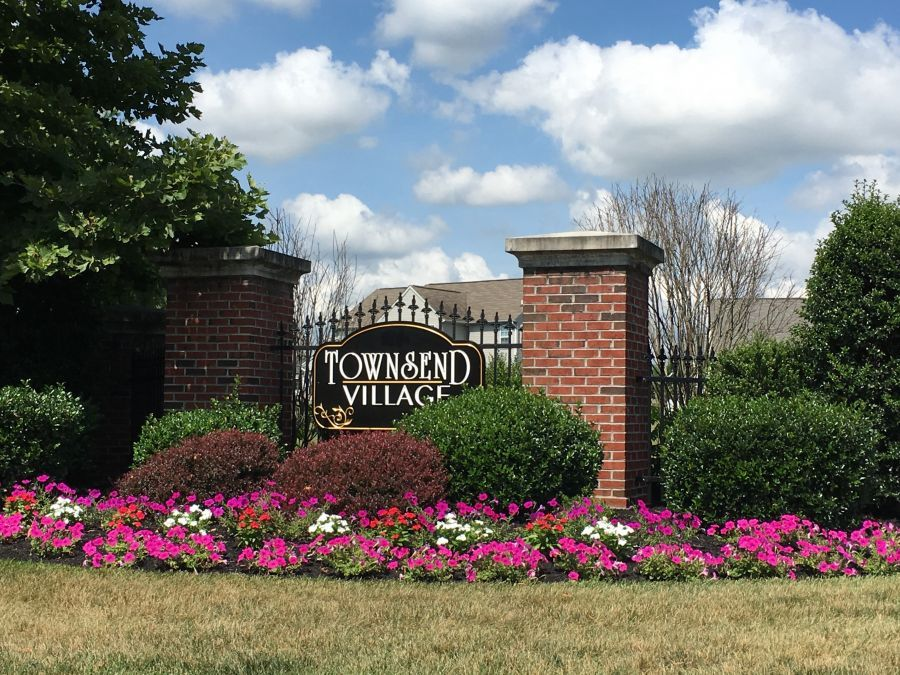 Townsend Village Community Entrance Monument, Handler Homes